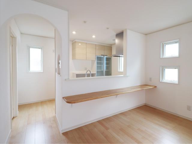 白×パステルピンクで可愛らしい  フレンチカントリーのお家
